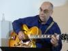 Gitarren-Jazz statt Weihnachts-Klingklang